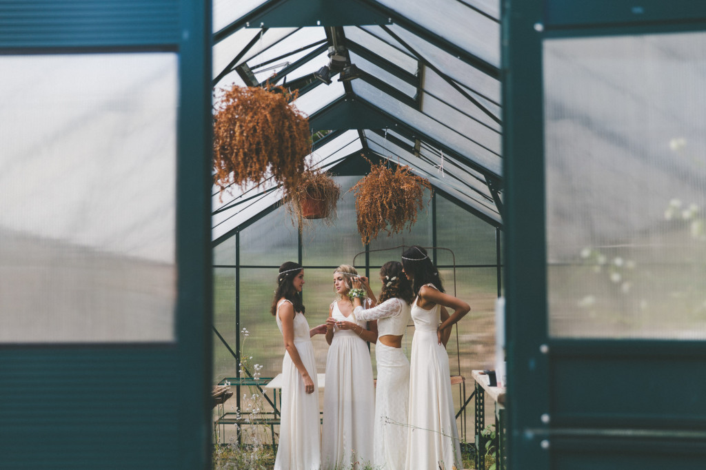 DAUGHTERS OF SIMONE \\ REVELRY SISTERS LOOKBOOK \\ 2014